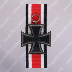 New-Iron-Cross-with-ribbon
