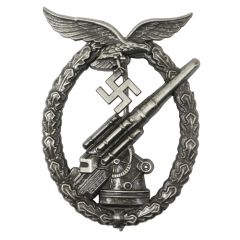 WW2 Luftwaffe Flak Badge - Antique
